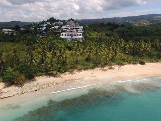 Spectaculaire villa vue mer petit dejeune inclus