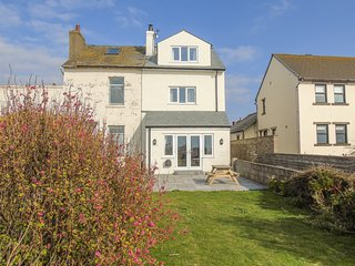 Driftwood, 23 Roa Island, sea views, en-suite, on Roa Island, Ref 934767