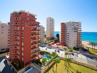 1 bedroom Apartment with WiFi and Walk to Beach & Shops - 5785346