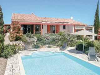 Awesome home in Assignan w/ Outdoor swimming pool, WiFi and Outdoor swimming poo