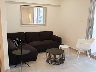 Luxury modern apartment, perfect for your short holidays