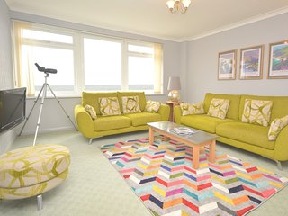 74356 Apartment situated in Saundersfoot