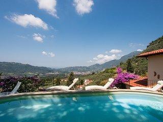 Villa Claudio - Tuscany coast holiday