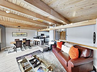 Modern Ski-In/Ski-Out Condo w/ All-Season Pool, Smart TVs & Brand-New Beds