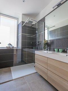 Salle de bains - Gite Vallon-pont-d'Arc