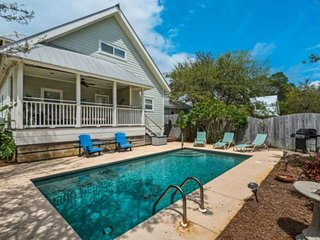Private Heated Pool-Short Walk To The Beach -Screened In Porch -South Of 30A