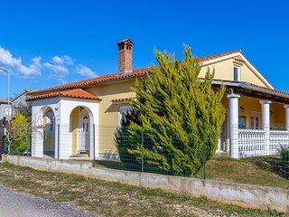 HOUSE MILAN