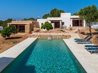 5 bedroom Villa with Pool, Air Con and WiFi - 5608732