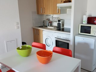 Appartement emplacement ideal terrasse parking prive couvert