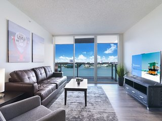 Rest & Relax Sunny Isles