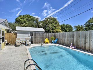 Vero Beach Home w/ Private Pool - 5 Mi to Beach!