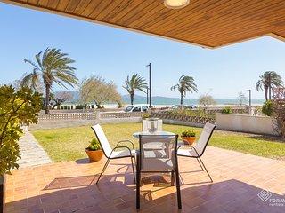 Beautiful apartment next to the beach in Puerto de Pollensa.