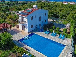 Villa Leda Finiki: Latchi Villa, pool, secluded, A/C, Wi Fi