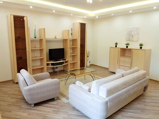Deluxe 2 bedroom flat near Kremlin