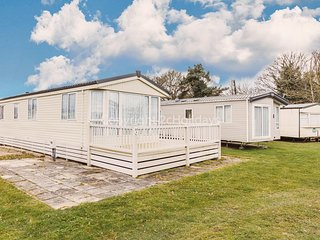 Luxury dog caravan for hire at Breydon water holiday park in Norfolk ref 10089B