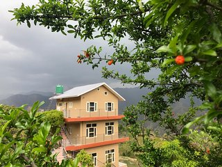 Hill Top village stay near Kathgodam with cook