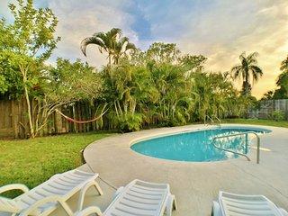 Spacious Pool home near popular gulf gate area