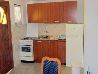 Vir Apartment Sleeps 4 with Air Con - 5811553
