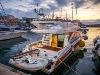 Explorer Luxury Yacht