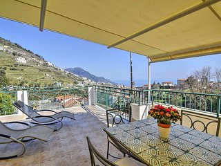 Scala Apartment Sleeps 6 with Air Con - 5787015