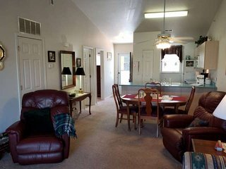 Buy 3 Nights and get the 4th FREE. Upstairs Condo in Fall Creek Resort. Near  Br