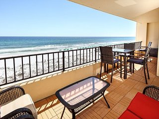 Surf Dwellers 411: HUGE condo~A TRUE COASTAL PARADISE ~ beautiful & classy