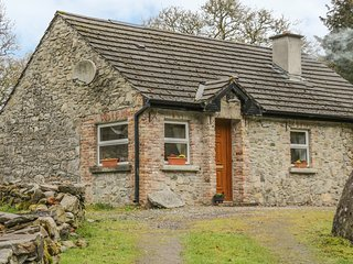 ROCKWOOD, stone-built, woodburning stove, lawned garden, Ballintogher, Ref