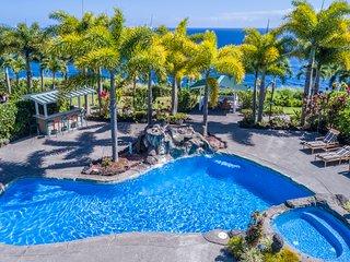 Bungalow #2 at Lai Nani Oceanfront Estate, private studio, pool and hot tub!