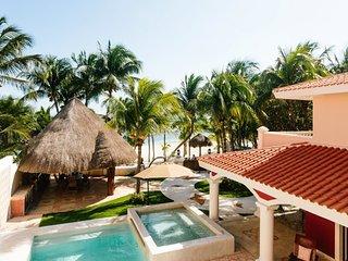 Villa de lujo frente al mar en Puerto Aventuras