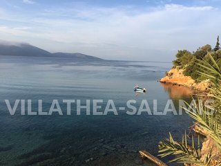 Amazing VILLATHEA-SALAMIS in front of the sea!