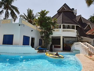 KIVULII VILLAS Deluxe Double Room 2, holiday rental in Diani Beach