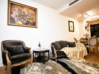 2 BEDROOMS • Luxury • Heart • Ciutat Vella • 5★