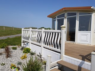 Bay View (Polhawn Self Catering)