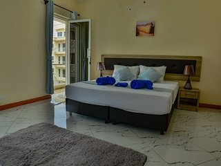 Edmor Residences -Nyali Blue Home King Room