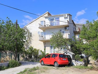 Three bedroom apartment Podstrana (Split) (A-17053-a)
