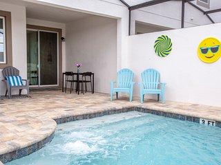 Gorgeous Four Bedroom w/ Pool Solara 1551