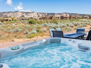 Brand new, impeccably clean, lovely vacation rental with private hot tub.