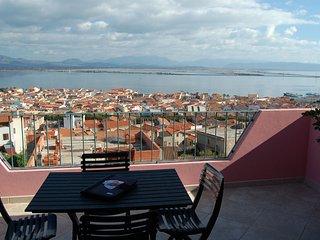 Appartamento YELLOW - Sant'Antioco Paese, vista mare - ( IUN: P5071)