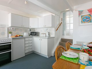 85 Back Road East - Fisherman's Cottage in the heart of St Ives - Sleeps 4
