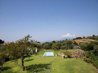 Angellara Villa Sleeps 12 with Pool and Air Con - 5787019