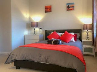 Nottingham 1 bed 4ppl long short term 49% off longterm