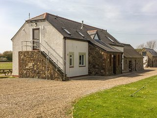 Skomer Lodge, Coastal Bunkhouse, Sleeps 22