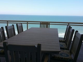 Luxury Penthouse in Ocean Vistas 2 Oceanfront King Suites Bikeweek Open Couples