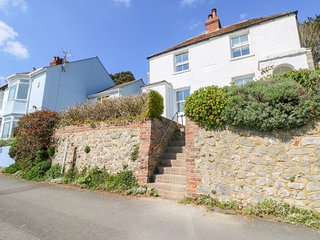 66 NORTH ROAD, dog-friendly, sea views, in Hythe