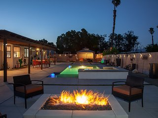 Terra Soul - Fitness Area, Game Rm, Pool, Hot Tub, Fire Pit and Style!