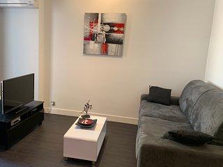 Cannes Riviera - Cozy 2 Bed. Apartment 250m Beach Croisette and Palais