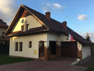 Familly House Kryspinow / 3km from BALICE AIRPORT