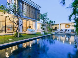 Pure Luxury and Indulgence in the heart of Canggu