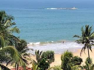 'Sea View' Luxurious 3 Bedroom 2 Bathroom Beach Side Apartment in Mount Lavinia
