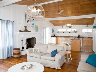 Your Latitude Adjustment Beach House - Ocean View - New Owners 2019